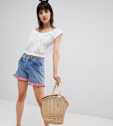 Reclaimed Vintage revived Levi's shorts with gingham frill - Blue