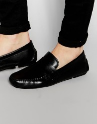 Red Tape Penny Loafer In Black Leather - Black