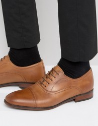 Red Tape Toe Cap Oxford Shoes In Tan Leather - Tan