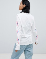 Reebok Long Sleeve T-Shirt With Vector Logo Sleeves - White