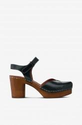 Sandal af skind