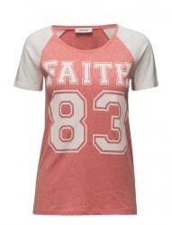 Santiego T-Shirt