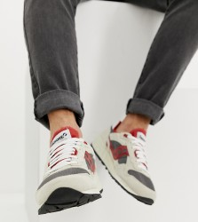 Saucony shadow 5000 vintage trainer in off white - White