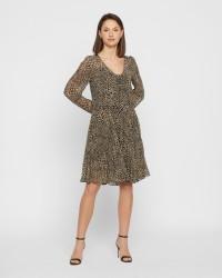 Second Female Short kjole