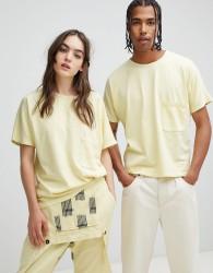 Seeker Pocket T-Shirt in Heavyweight Organic Cotton - Yellow