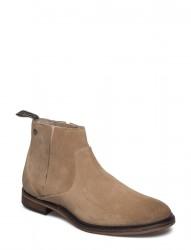 Shin Suede Shoe