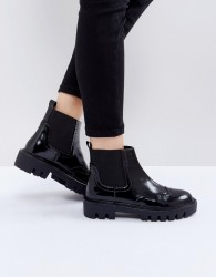 Sixtyseven Cleat Sole Chelsea Flat Boots - Black