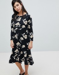 Soaked In Luxury Floral Print Sweater Dress - Multi