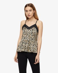 Soaked In Luxury Nivo top