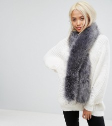 Stitch & Pieces Faux Fur Scarf in Soft Grey - Grey