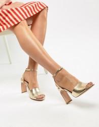 Stradivarius metallic heeled sandals - Gold