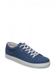 Stratford Canvas Sneakers