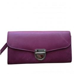Style Tamra er en skøn pung med en dejlig indvendig indretning