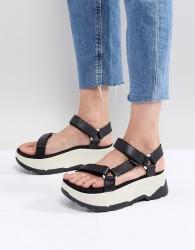 Teva Black Flatform Zamora Universal Sandals - Black
