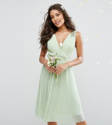 TFNC WEDDING Pleated Midi Dress with Embellished Shoulder - Green