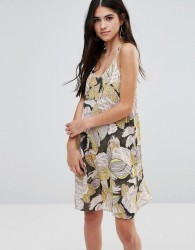 Traffic People Cami Dress In 70sPrint - Green