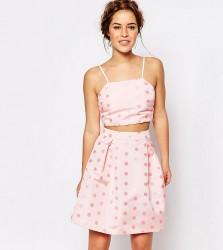 True Decadence Petite Cami Crop Top In Textured Spot - Pink