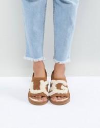 UGG Slide Chestnut Slippers - Tan