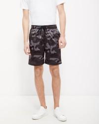Urban Classics Camo shorts
