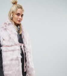 Urbancode Faux Fur Pink Scarf with Ring Fastening - Pink