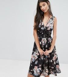 Uttam Boutique Petite Skater Dress In Floral Print - Black