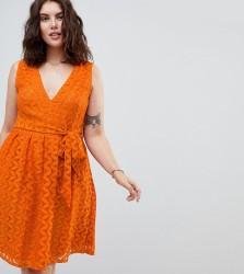 Uttam Boutique Plus Lace Midi Dress - Orange