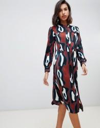 Vero Moda abstract midi smock dress in rust - Multi