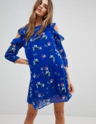 Vero Moda Floral Cold Shoulder Dress With Flutter Shoulders - Blue