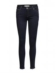 Victoria 7/8 Silk Touch Jeans