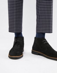 WALK London Hornchurch chukka boots in black suede - Black