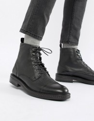 WALK London Wolf toe cap lace up boots in black - Black