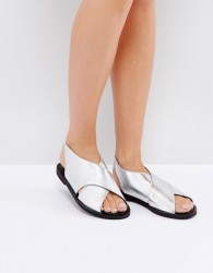 Warehouse Crossover Sandal - Silver