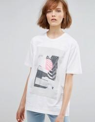 Waven Tumi Unisex Printed T-Shirt - White