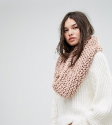 Willow and Paige Chunky Knit Snood - Pink