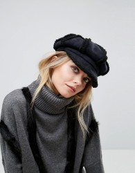 Willow and Paige Faux Shearling Baker Boy Hat - Black