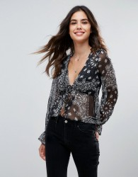 Wyldr Nevada Traveller Paisley Printed Blouse With Tie Front And Frill At Waist - Black