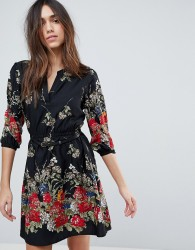 Yumi 3/4 Sleeve Belted Dress in Floral Border Print - Black