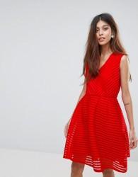 Yumi V Neck Skater Dress - Red