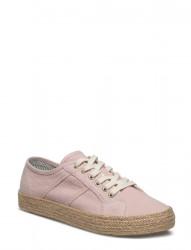 Zoe Sneaker