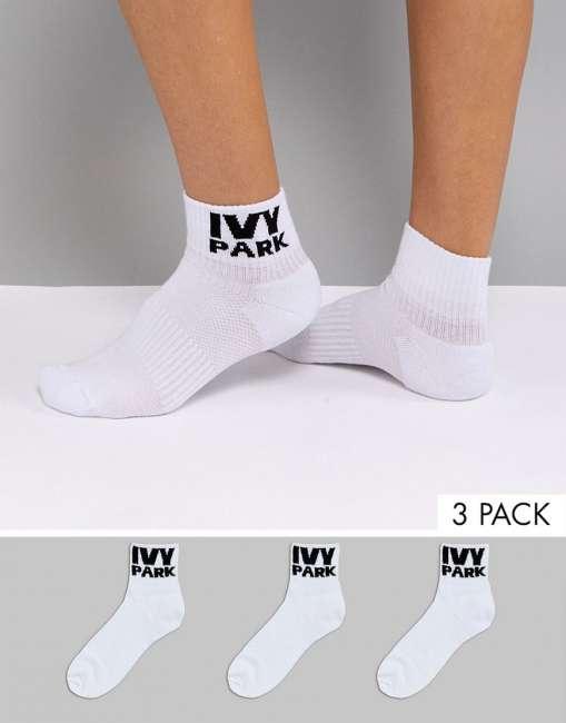 Priser på Ivy Park Logo Ankle Socks 3Pk In White - White